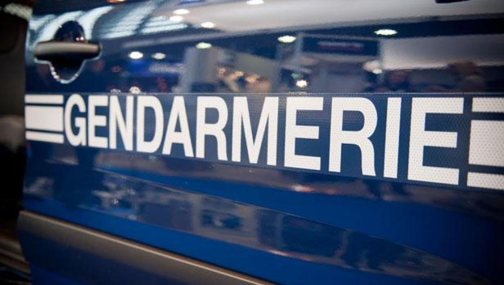 Coche de la policía francesa