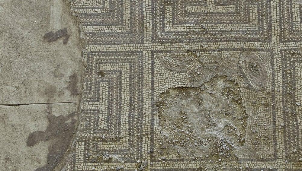 Mosaico romano destrozado en Écija
