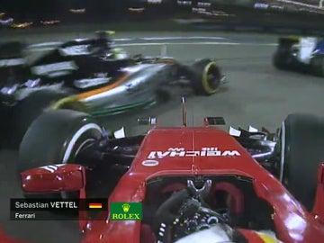 Toque entre Pérez y Vettel