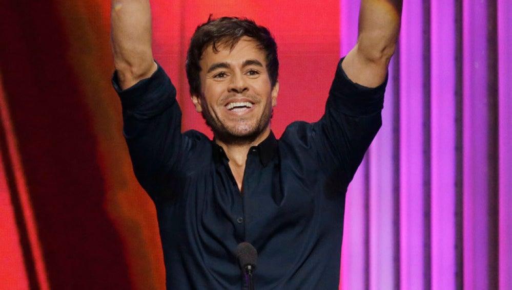 Enrique Iglesias arrasó en los Billboard