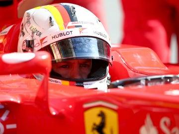 Vettel, subido en el Ferrari