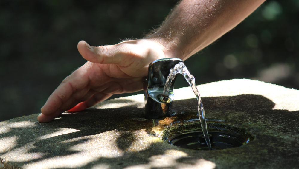 El calor aprieta y nosotros intentamos hidratarnos.