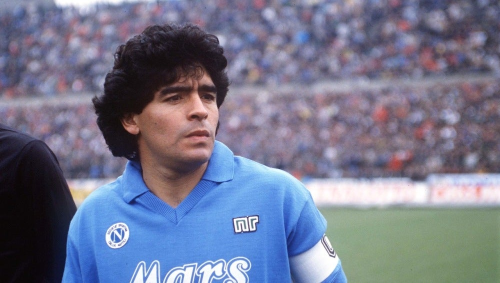 Diego Armando Maradona en el Napoles