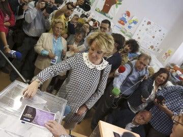 """Esperanza Aguirre espera que el Espíritu Santo """"inspire"""" a los madrileños"""