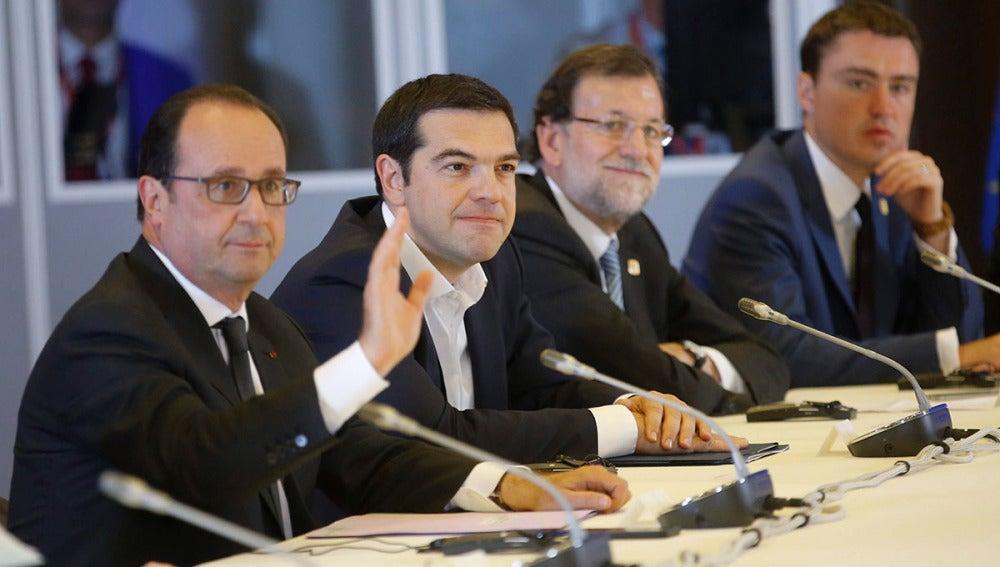 François Hollande, Alexis Tsipras, Mariano Rajoy y el primer ministro estonio, Taavi Roivas