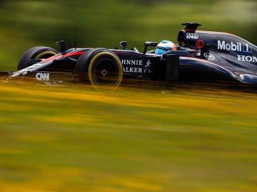 Fernando Alonso pilota en la jornada de test celebrada en Spielberg