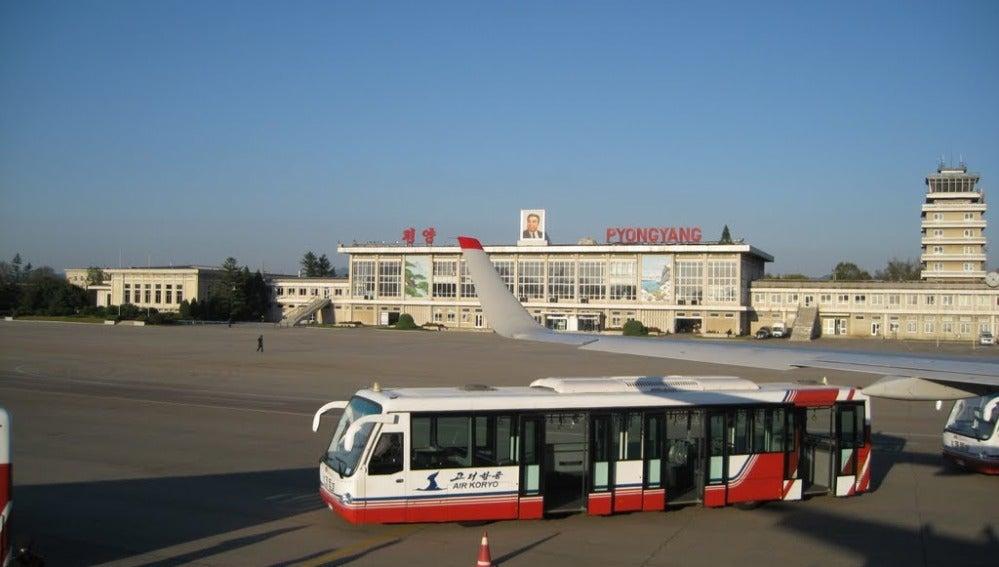 Imagen de aeropuerto internacional de Pyongyang.