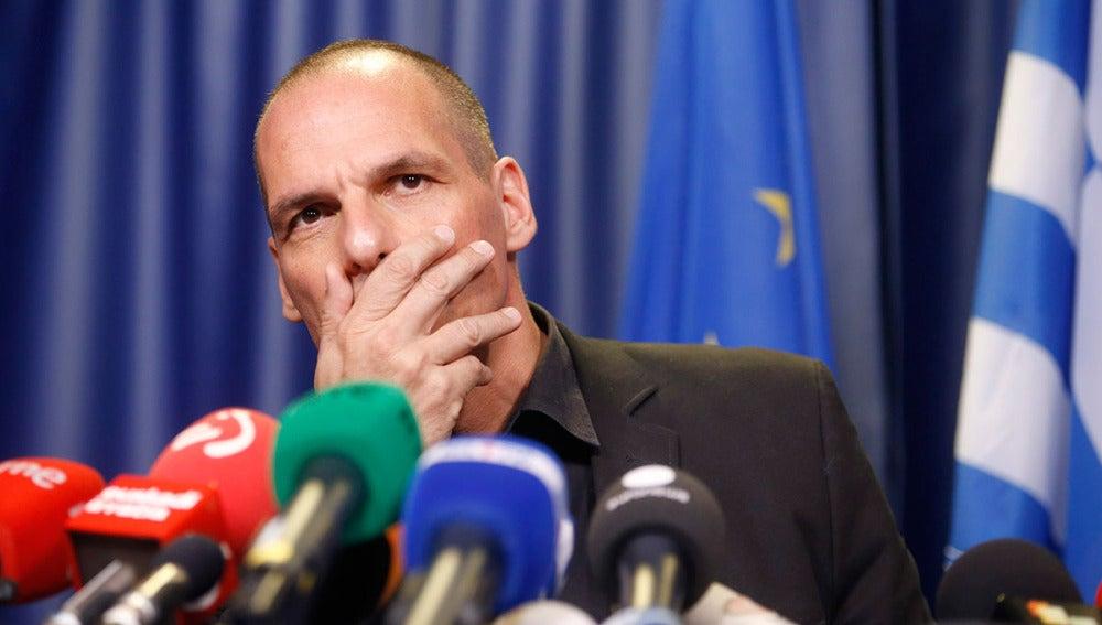 Yanis Varufakis, en rueda de prensa