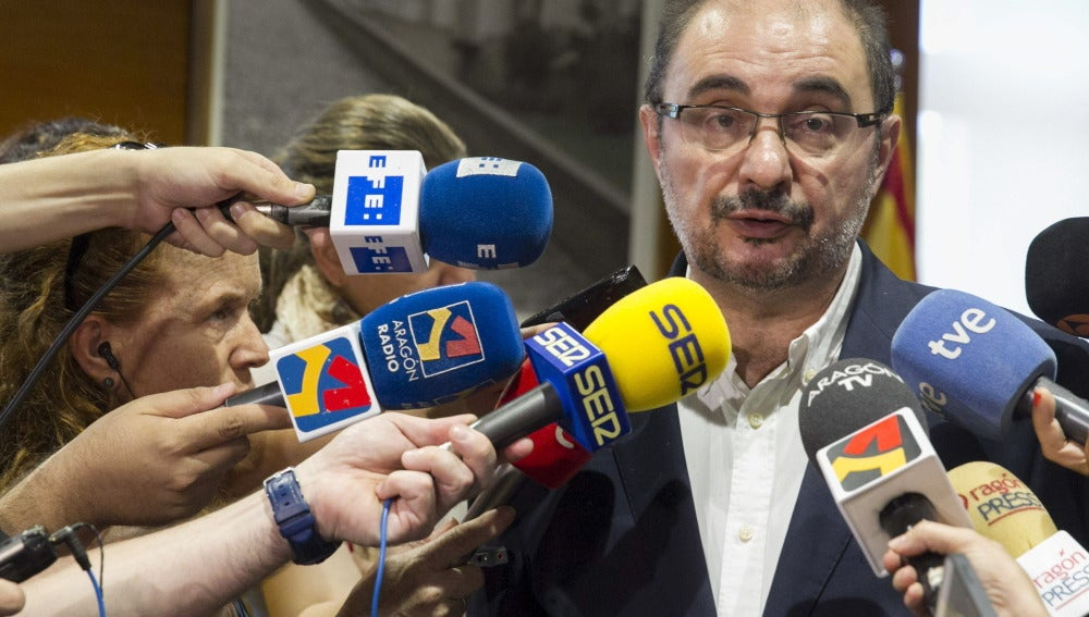 """El PSOE se ve presidente de Aragón """"a falta de unos flecos"""""""