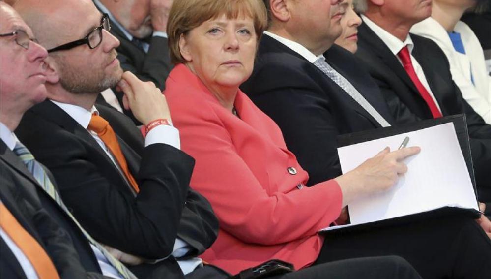Angela Merkel participa en una ceremonia por el 70º anivesario del partido alemán CDU hoy en Berlín