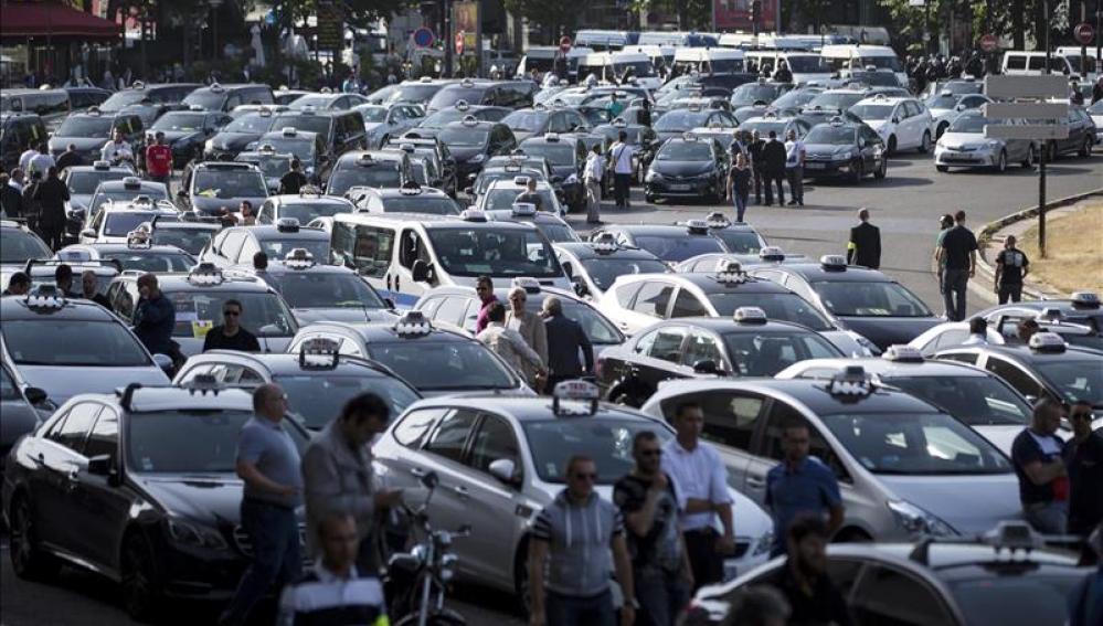 Huelga de taxistas en París