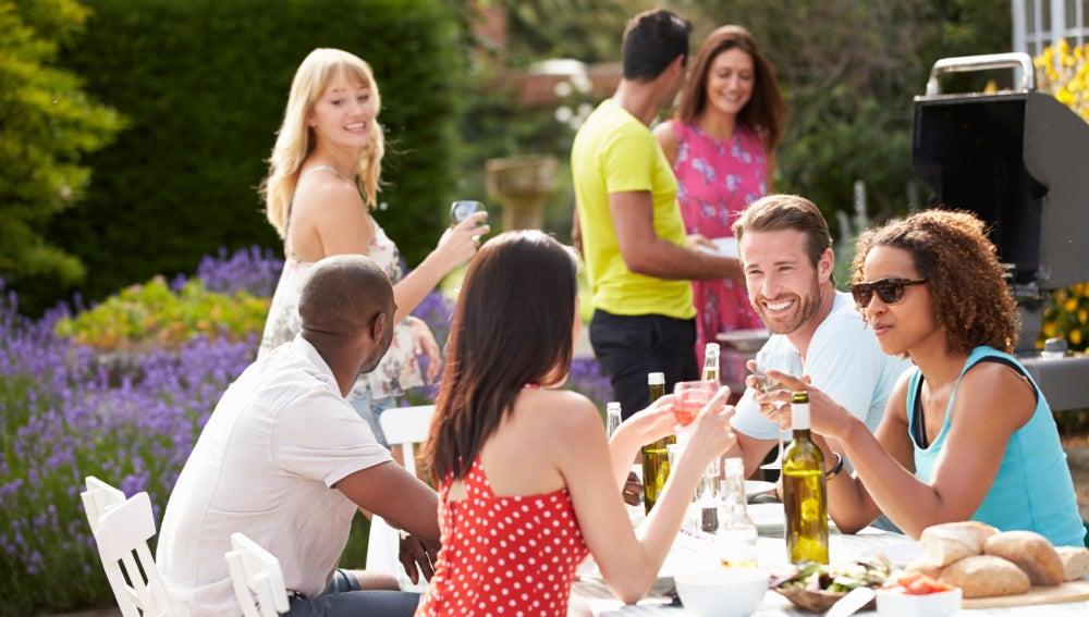 Claves para organizar una comida al aire libre