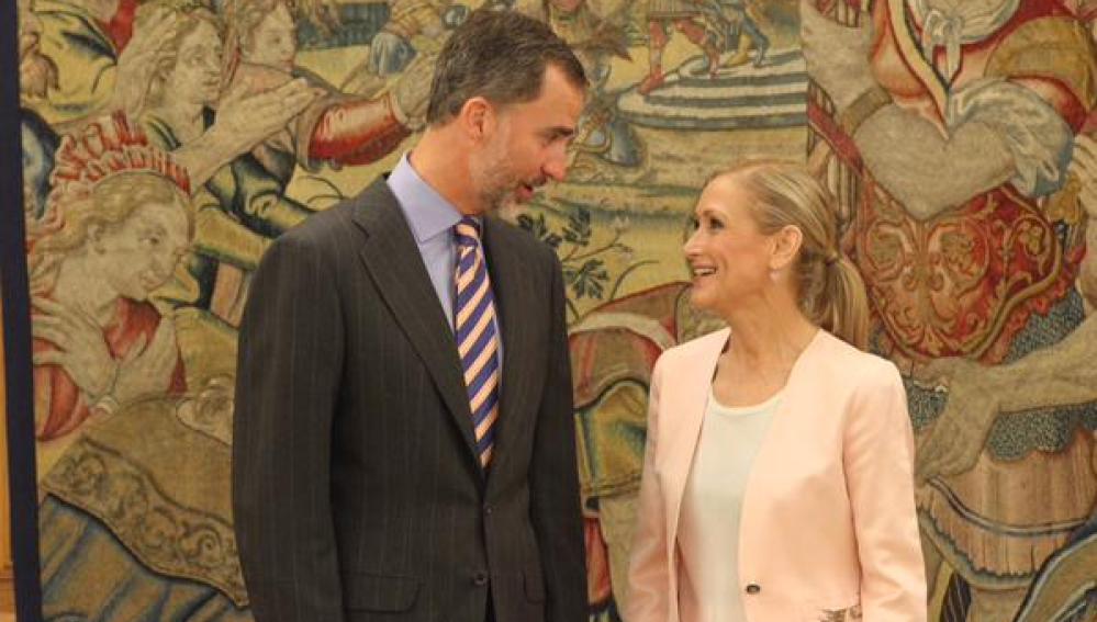 El Rey Felipe VI recibe a Cristina Cifuentes, presidenta de la Comunidad de Madrid