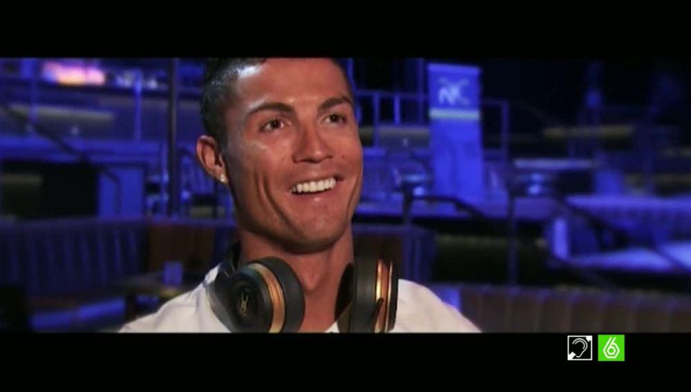 Cristiano Ronaldo durante una entrevista