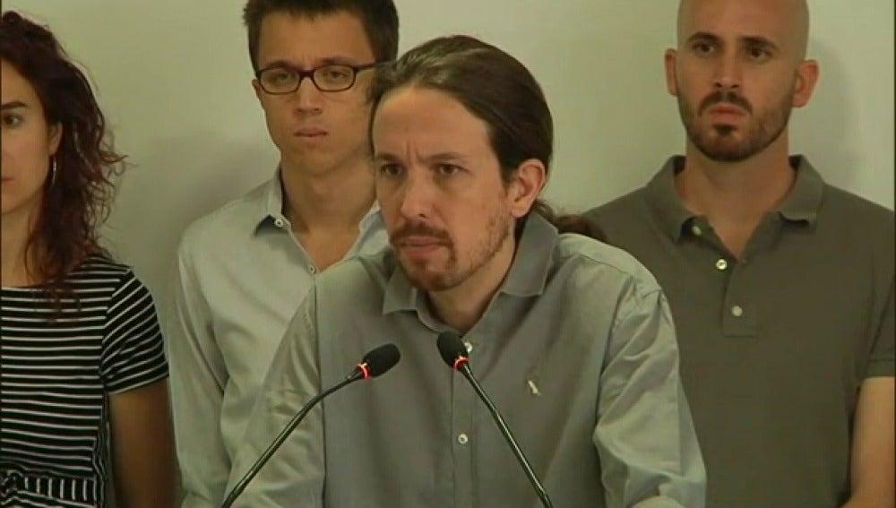 Más de 500 cargos de Podemos piden a Iglesias una consulta popular sobre las primarias