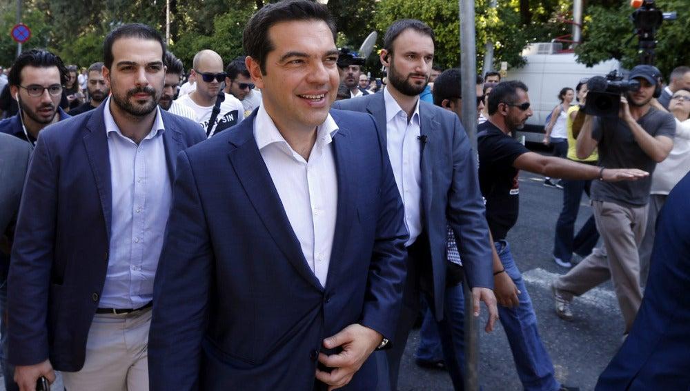 Tsipras tras la reunión con los líderes políticos