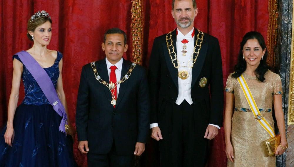Cena de gala de los Reyes con el Presidente de Perú y su esposa