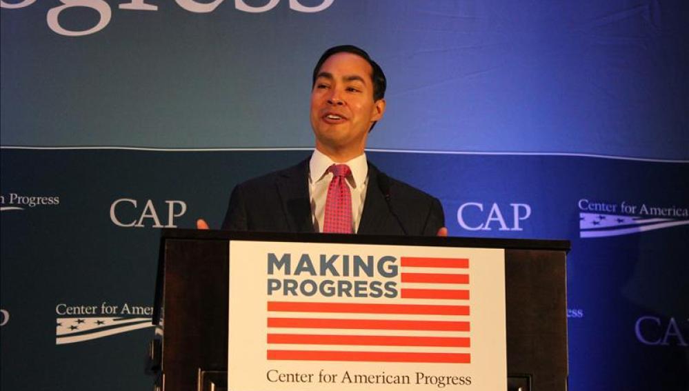 Julián Castro, secretario del Departamento de Vivienda y Desarrollo Urbano de EE.UU.