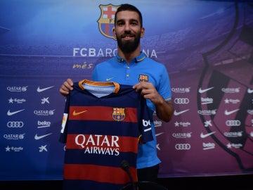 Arda Turan, nuevo jugador del F.C Barcelona