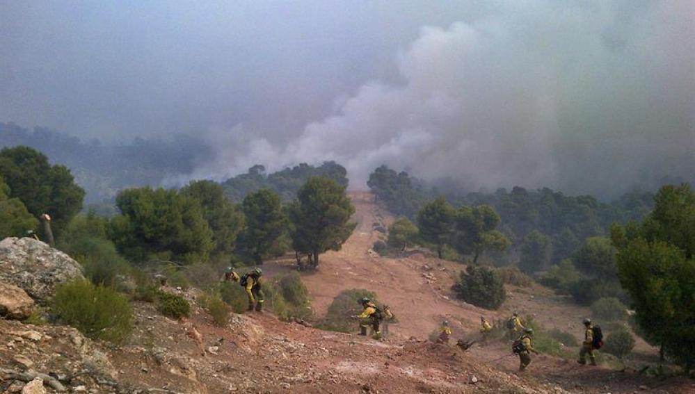 El incendio de Quesada afecta ya unas 2000 hectáreas