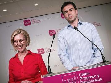 Andrés Herzog, con Rosa Díez