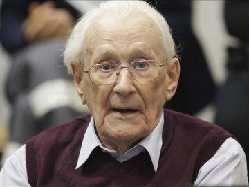 """Oscar Groning, conocido como el """"contable de Auschwitz"""""""