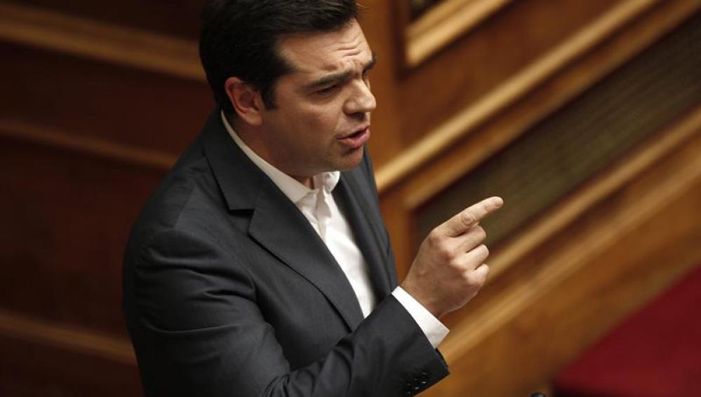 El primer ministro griego, Alexis Tsipras, en la sede del Parlamento, en Atenas (Grecia)