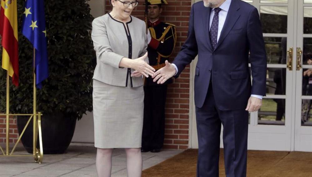 Mariano Rajoy, ha recibido en el Palacio de la Moncloa a Ewa Kopacz