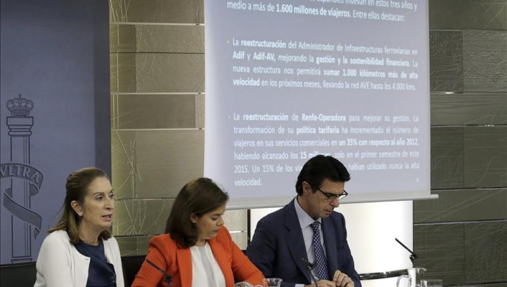 """Soraya: """"Si en Cataluña se hace algo contra la Constitución se impugnará"""""""