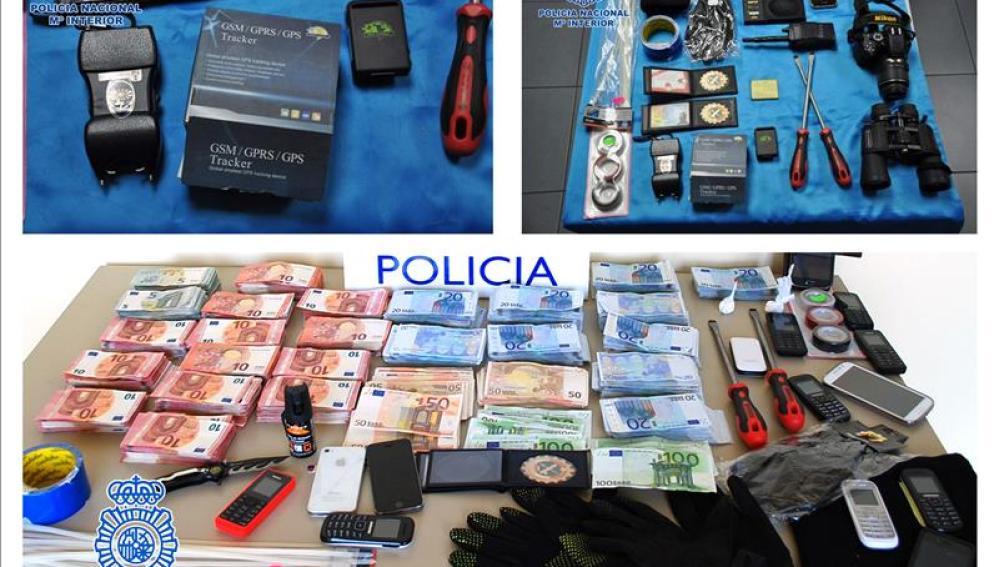 La policia ha incautado dinero en efectivo y material para efectuar los asaltos
