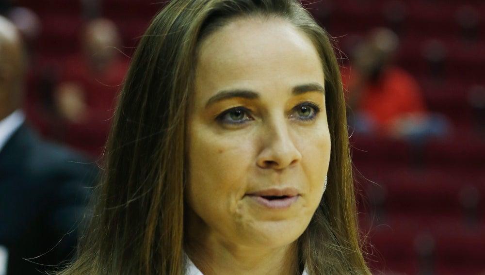 Becky Hammon, asistente de los Spurs