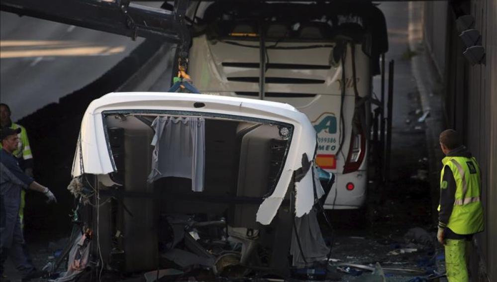El autobús siniestrado en Lille