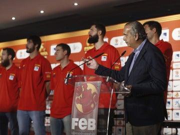 José Luis Sáez, presidente de la FEB, habla con los medios