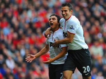 Rafael celebra un gol con el United