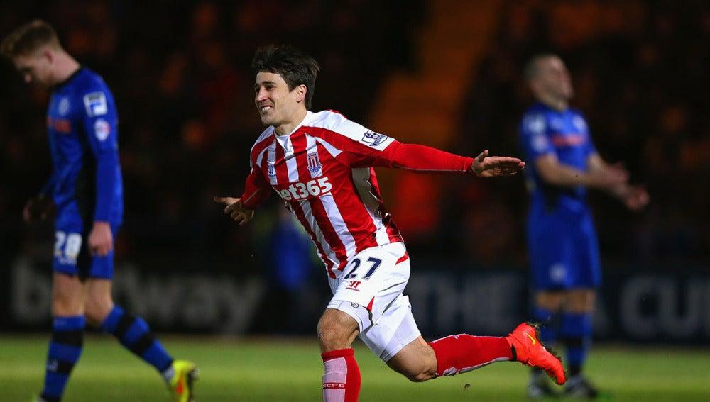 Bojan celebra un gol con el Stoke