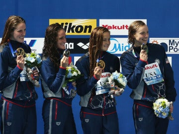 Missy Franklin, Leah Smith, Katie McLaughlin y Katie Ledecky