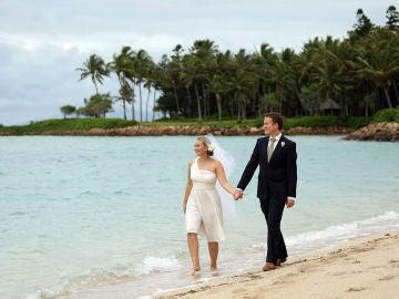 Imagen de archivo de una boda en la playa