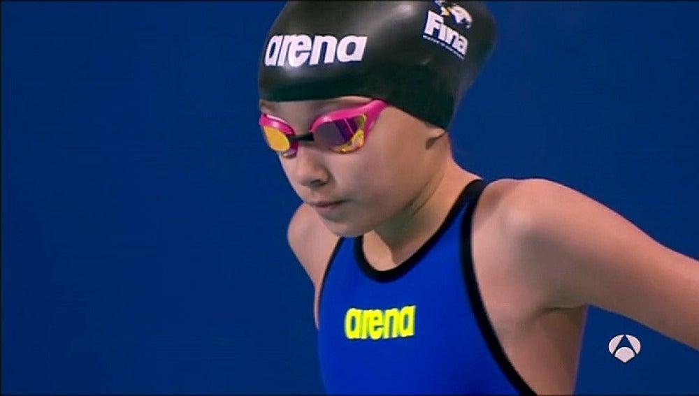 Alzain Tareq, nadadora de diez años