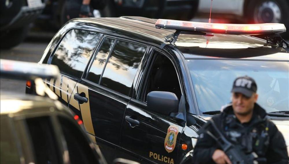 Arrestan a dos sospechosos de matar a locutor brasileño en los estudios de la Radio Liberdade FM
