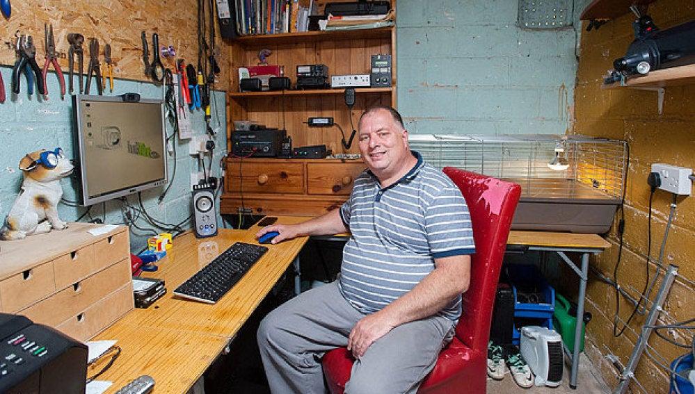 Adrian Lane, el radioaficionado que ha conseguido contactar con la ISS