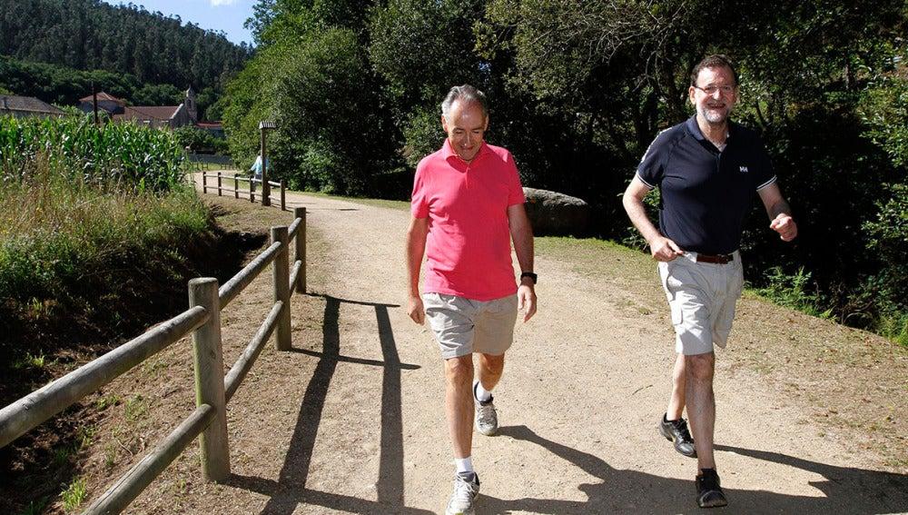 Rajoy recorre la Ruta da Pedra e da Auga