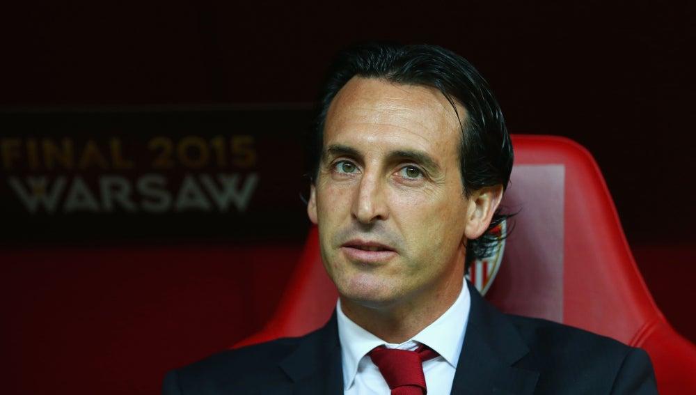 Emery en el banquillo durante la final de la Europa League