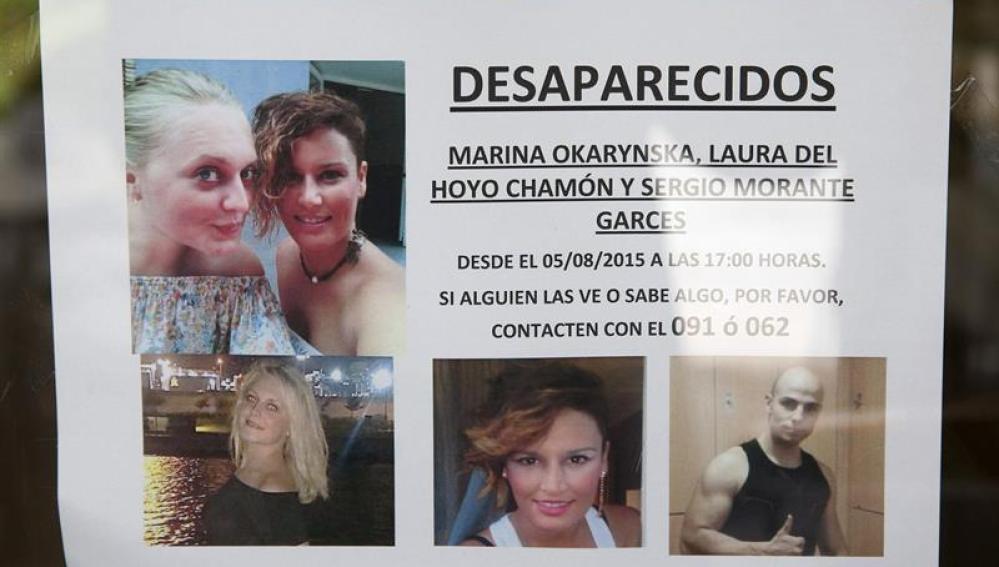 Cartel pidiendo ayuda en la búsqueda de Laura y Marina en Cuenca