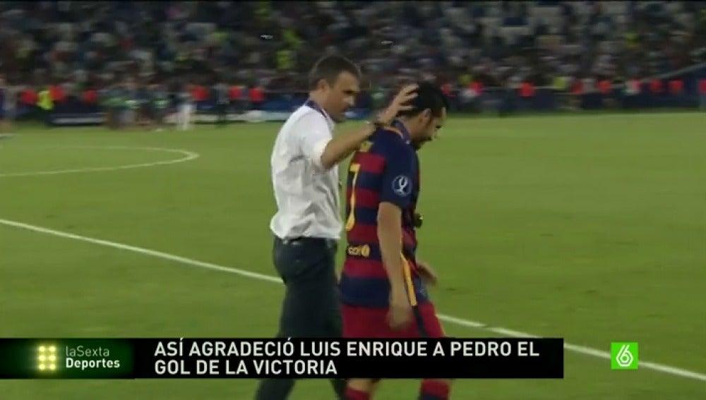 Frame 10.14896 de: Luis Enrique felicitó a Pedro de una forma muy fría