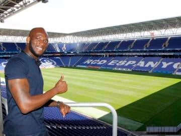 Ciani ya luce los colores blanquiazules
