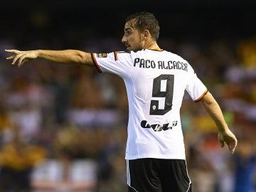 El delantero del Valencia, Paco Alcácer
