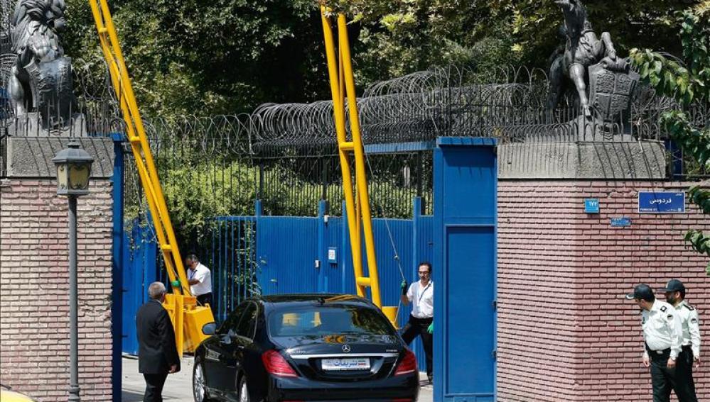 Reapertura de la embajada de Reino Unido en Teherán