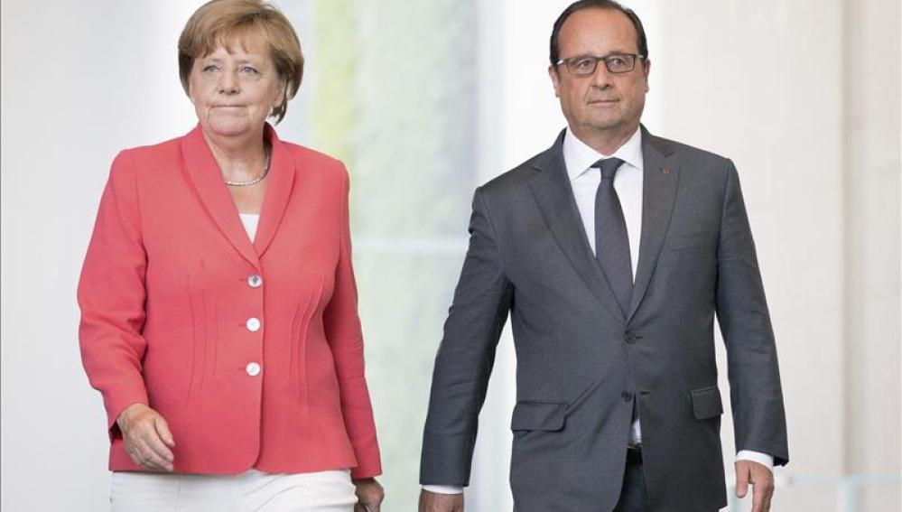 Angela Merkel y François Hollande tras reunirse en Berlín