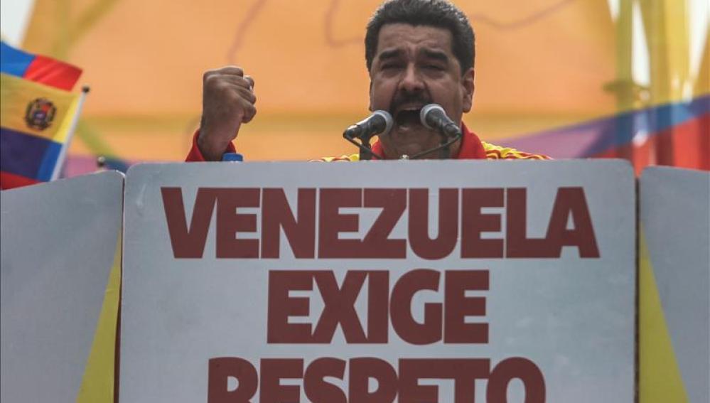 Maduro durante la concentración a favor del cierre fronterizo
