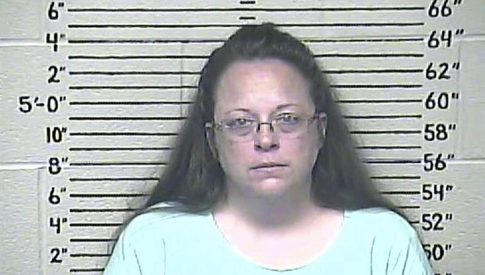 Kim Davis, funcionaria condenada en EEUU
